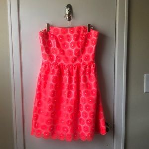RE-POSHING. Size 6 strapless Lilly Pulitzer dress.